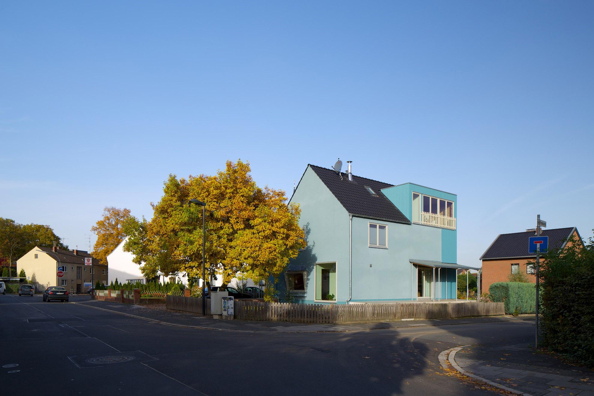 bildpark Kleines Haus Blau